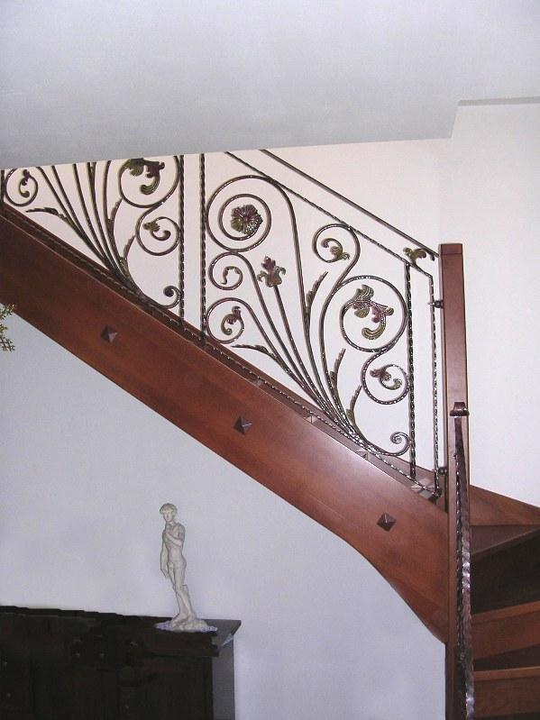 Scale acciao inox cancelli ringhiere portoni balconi padova ferro inferiate strutture - Ringhiere scale interne in legno ...